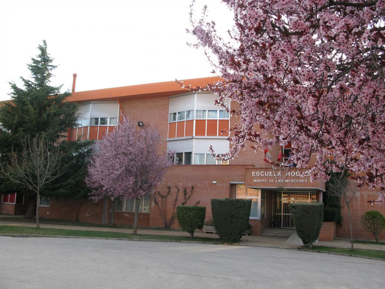 Exterior de la Escuela Hogar