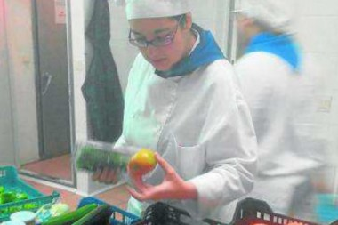 Belén Muñoz, elabora un menú para celíacos que destaca por su calidad